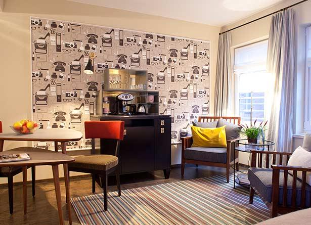 02hot09-hamburg-hotel-zimmer-hen-lj