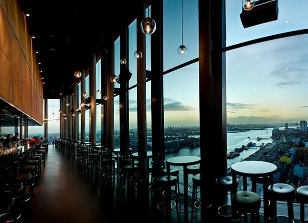 02hot12-hamburg-hotel–elbe-skybar