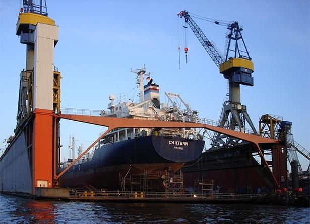 02t10t04hamburg-sightseeing-sehenswertes-hafen-dock